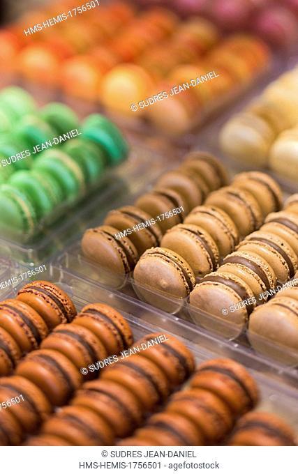France, Puy de Dome, Clermont Ferrand, macaroons at Claude Deat, chocolate maker and confectioner, Le Lautrec