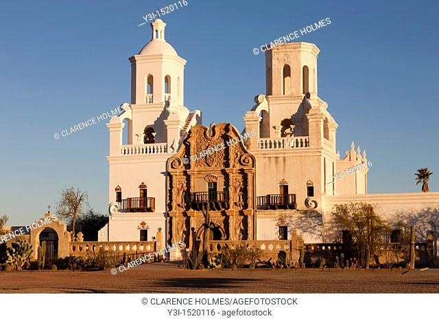 San Xavier del Bac Mission in the Santa Cruz Valley south of Tucson, Arizona, USA