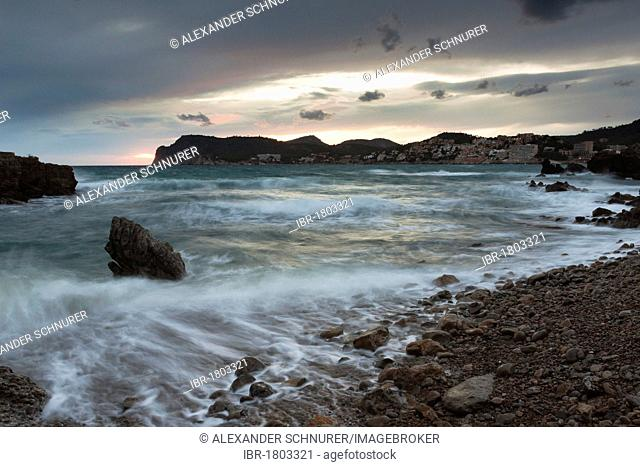 Surf on the beach, evening at Peguera, Majorca, Balearic Islands, Spain, Europe