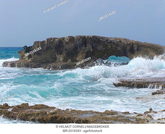 Billows, waves, rough east coast of Cozumel, Mexico, Caribbean