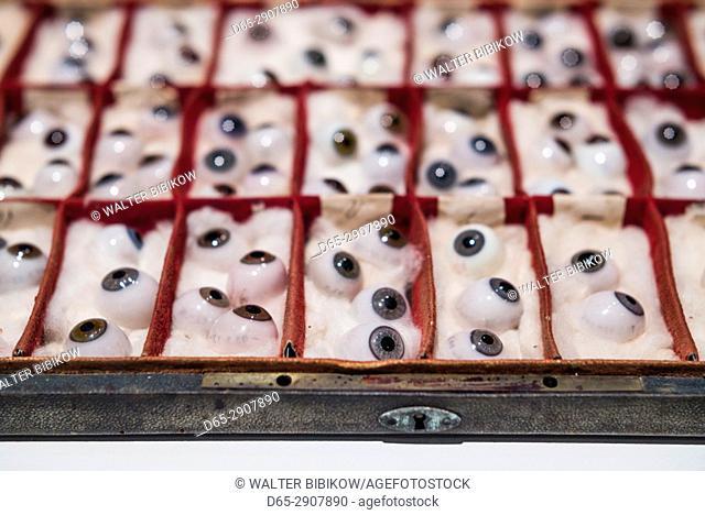 USA, New York, Finger Lakes Region, Corning, Corning Museum of Glass, glass eyes