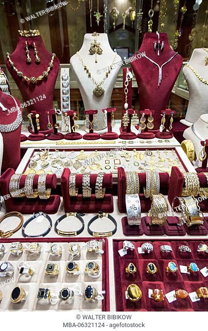 Iran, Central Iran, Esfahan, Bazar-e Honar, jewelry market