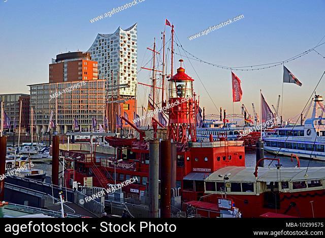 Europe, Germany, Hamburg, Elbe, harbor, Elbphilharmonie, historic lightship, restaurant, view to Elbphilharmonie, evening light