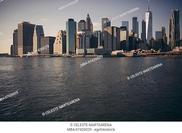 skyline manhattan old buildings close to the water