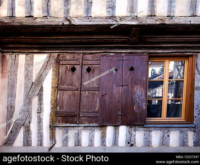 Medieval buildings and half-timbered houses characterize the old town in Auxerre. Capital of the Yonne department in the Bourgogne-Franche-Comté region of...