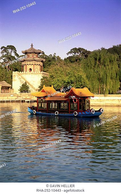 Kunming Hu lake, Summer Palace Park, Summer Palace, Beijing, China, Asia