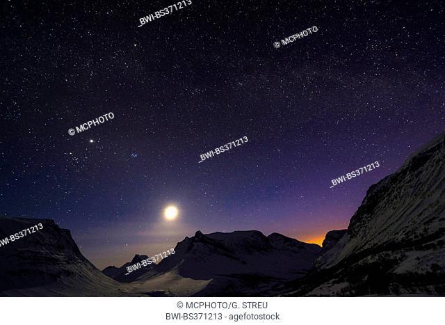 night with full moon in Vistasdalen, Sweden, Lapland, Kebnekaisefjaell, Vistasdalen