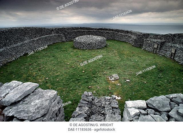 Dun Eochla, prehistoric stone fort, Inishmore (or Inis Mor), Aran Islands, Ireland, Bronze Age