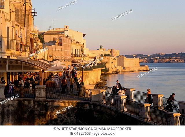 Waterfront of Ortigia island, the old town of Syracuse, Sicily, Italy, Europe