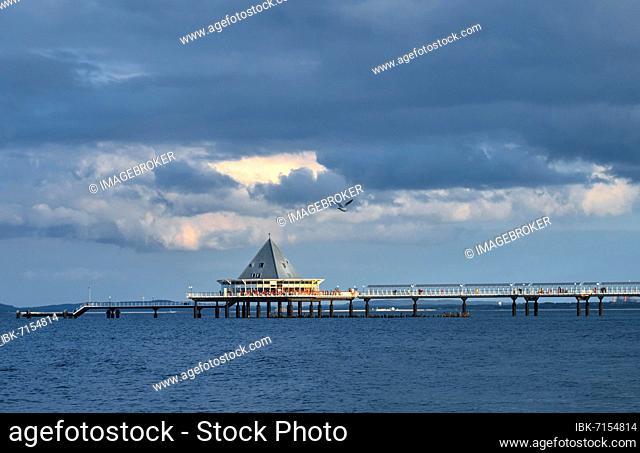 Cloudy atmosphere, pier on the beach of Heringsdorf, Usedom Island, Mecklenburg-Western Pomerania, Germany, Europe