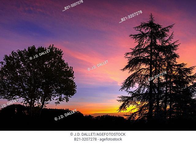 France, Occitanie, Lot, sunrise at Payrac