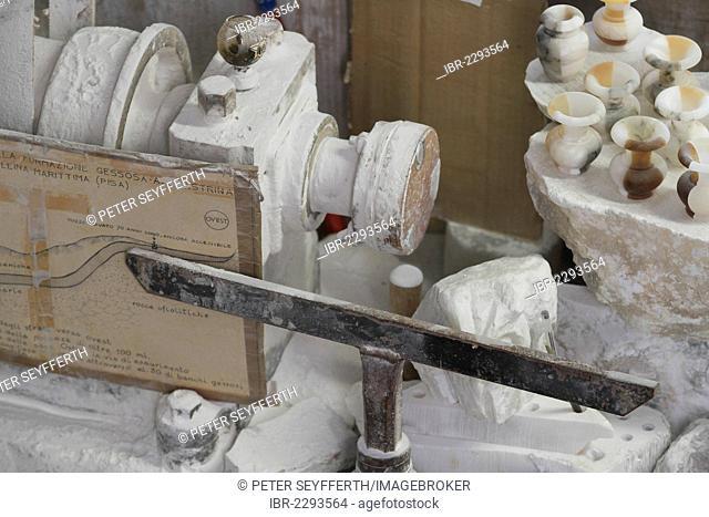 Alabaster workshop, Volterra, Tuscany, Italy, Europe