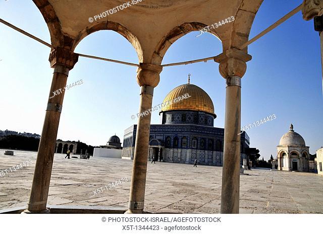 Israel, Jerusalem Old City, Dome of the Rock on Haram esh Sharif Temple Mount