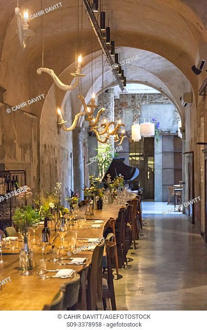 Interior of the restaurant La Menagere, Via de Ginori, San Lorenzo District, Firenze, Tuscany, Italy