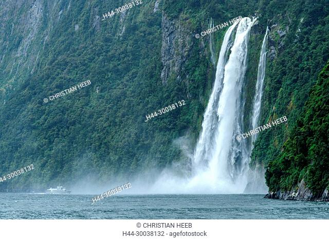 Oceania, New Zealand, Aotearoa, South Island, Te Anau, Southland, Fiordland National Park, Milford Sound