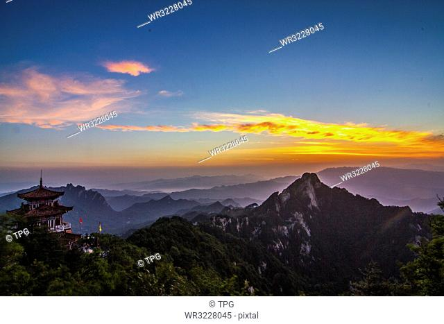 Sunrise in Baiyun Mountain