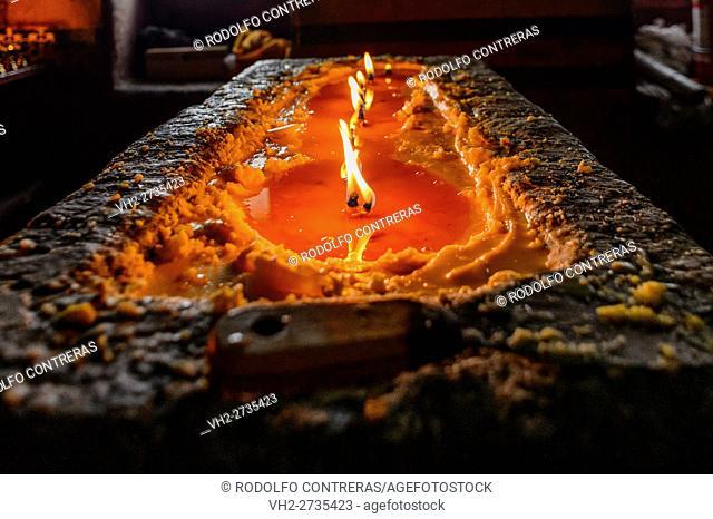 Tibetan candles