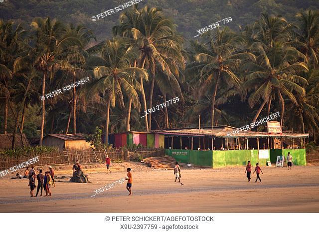 Kudle Beach near Gokarna, Karnataka, India, Asia