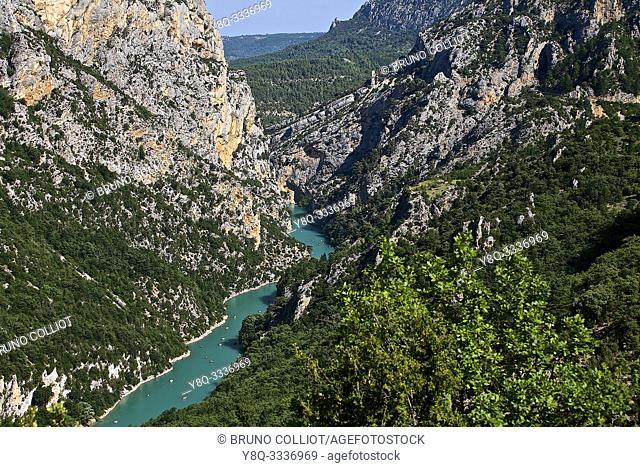 canoe on the gorges of the verdon. Moustier Sainte Marie, Alpes-de-Haute-Provence, France