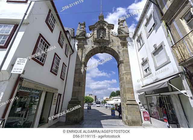 Portugal, Minho, Braga, Arco da Porta Nova gate