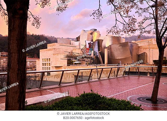 Abandoibarra, Guggenheim Museum, Bilbao, Bizkaia, Basque Country, Spain, Europe
