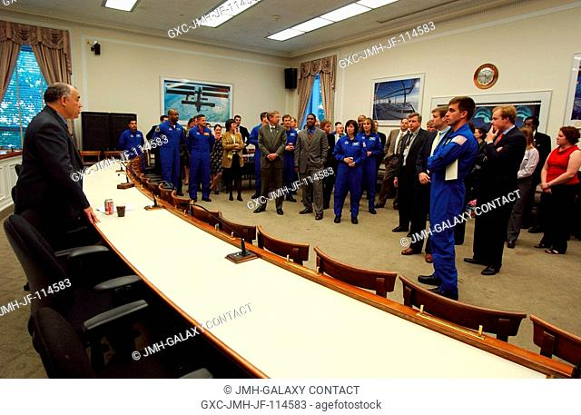 Frederick D. Gregory, Deputy Administrator, addresses NASA's 2004 class of astronauts, house members, and others, at the U.S