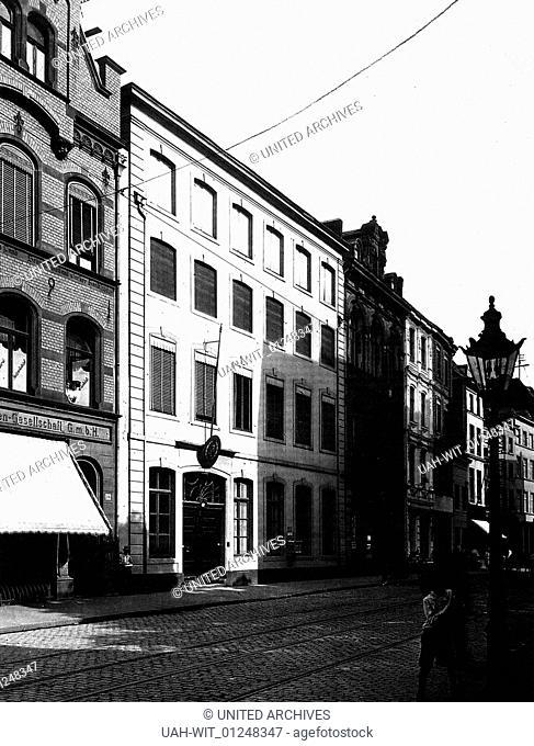 In der Südstadt von Köln: Severinstraße 214, Haus Bickelstein oder auch Geldermacher Hof