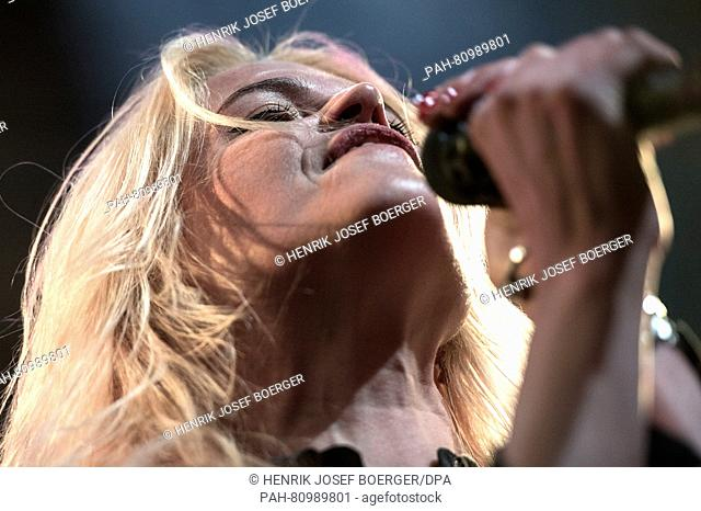 Musician Alison Mosshart of the band 'The Kills' performs during a concert inBerlin,Germany, 30 April 2016. Photo:HENRIKJOSEFBOERGER/dpa - NO WIRE SERVICE...