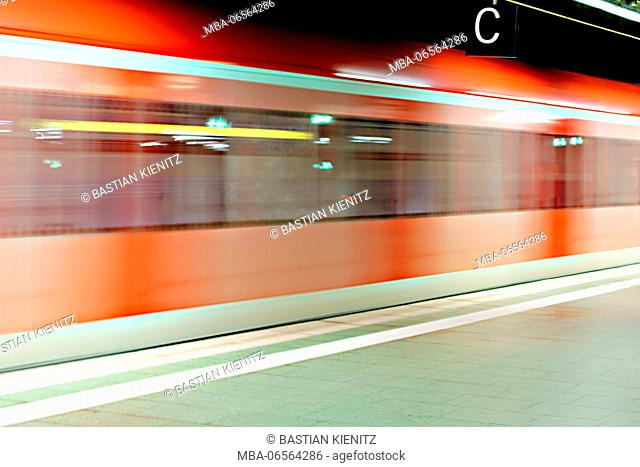 Motion stripes of a driving regional train in an underground station
