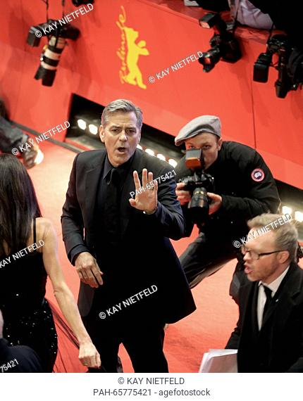 66th International Film Festival in Berlin, Germany, 11 February 2016. Opening gala and film premiere -Hail Ceasar!-: George Clooney (c)