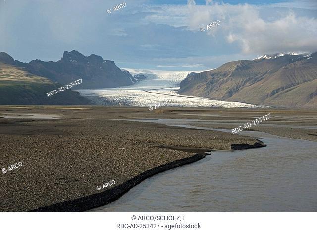 Sand plain Skeidararsandur river Skeidara glacier Skaftafellsjokull national park Skaftafell Iceland Skaftafellsjökull