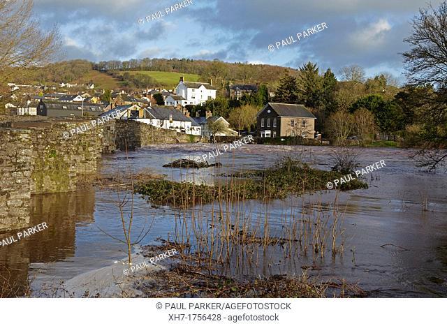Crickhowell Bridge during floods, Crickhowell, Wales, UK