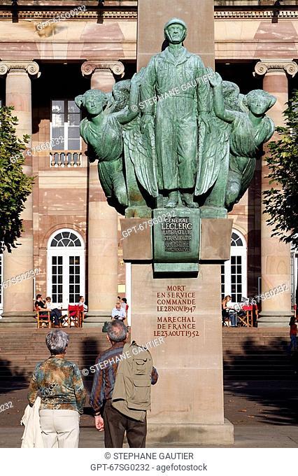 LECLERC MONUMENT, PLACE BROGLIE, STRASBOURG, BAS RHIN 67, ALSACE, FRANCE, EUROPE