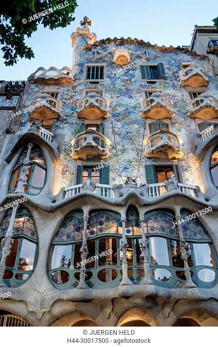 Spain, Barcelona, Catalonia, Eixample district, Passeig de Gracia, Casa Batllo by Antoni Gaudi