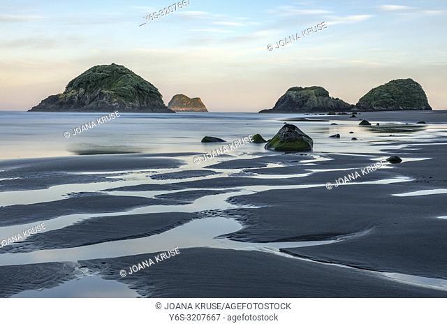 Sugar Loaf Islands, New Plymouth, Taranaki, North Island, New Zealand