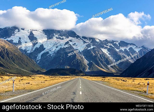 New Zealand, Oceania, South Island, Canterbury, Ben Ohau, Southern Alps (New Zealand Alps), Mount Cook National Park, Mount Cook Road and Aoraki / Mount Cook