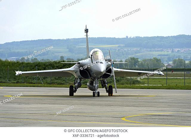 French Air Force Dassault Rafale B 4-FU SPA 81 fighter aircraft, presentation on the Payerne military airfield in the context of the AIR2030 procurement...