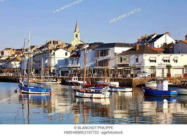 France, Loire Atlantique, Pornic, Fishing port