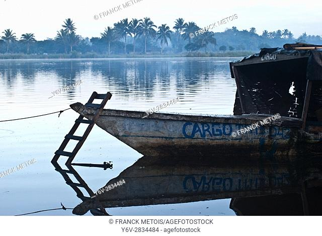 Bow of a passenger boat connecting villages in the Pangalanes canal. At Mananjary ( Madagascar)