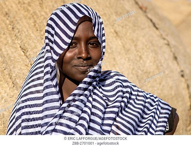 Ethiopia, Afar Region, Afambo, portrait of an afar tribe teenage girl