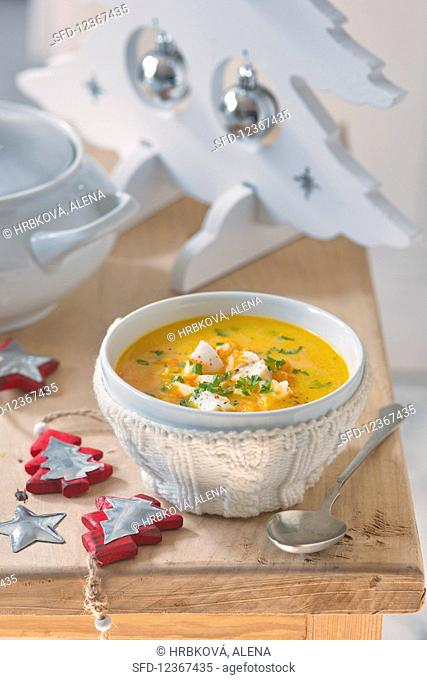 Vegetable soup with fish