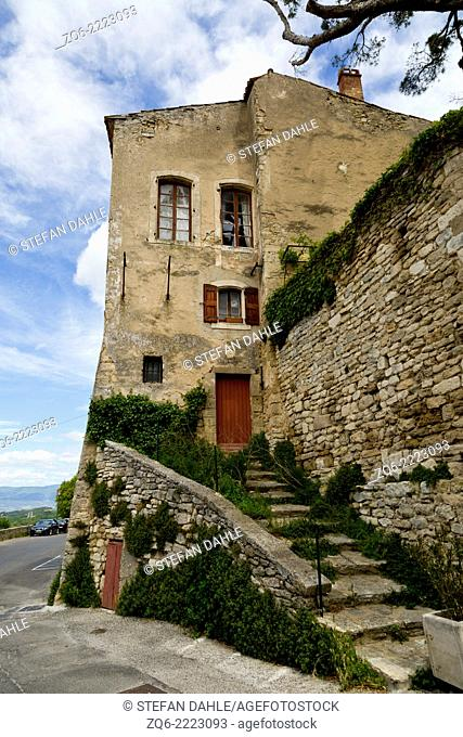 Typical Facade in the medieval Village Bonnieux, Provence, France