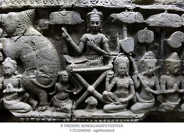 Fragment of bas relief at Angkor Wat complex, angkor archaeological park, Siem Reap province, Cambodia, South east Asia