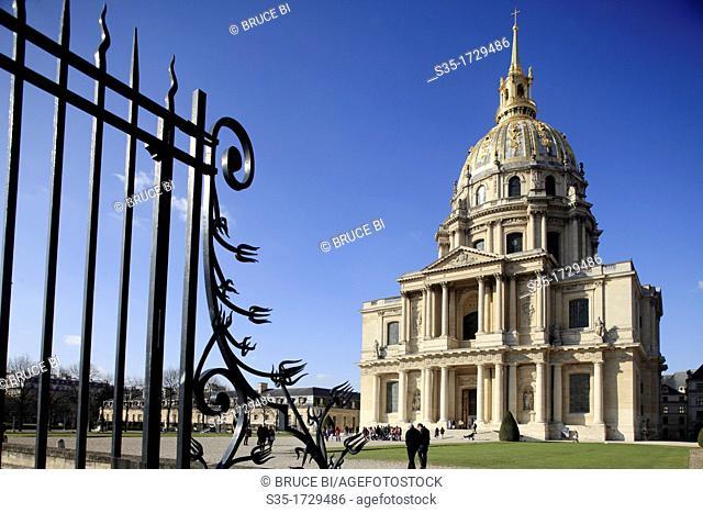 The chapel of Saint-Louis-des-Invalides the burial site of Napoleon Bonaparte in Les Invalides  Paris  France
