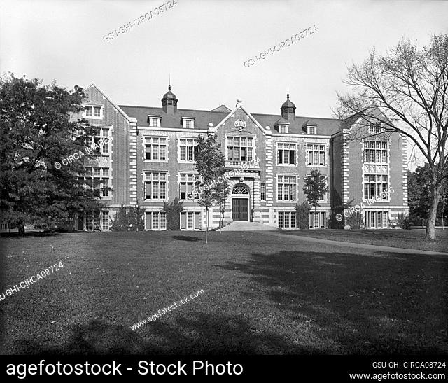 Rockefeller Hall, Vassar College, Poughkeepsie, New York, USA, Detroit Publishing Company, 1904