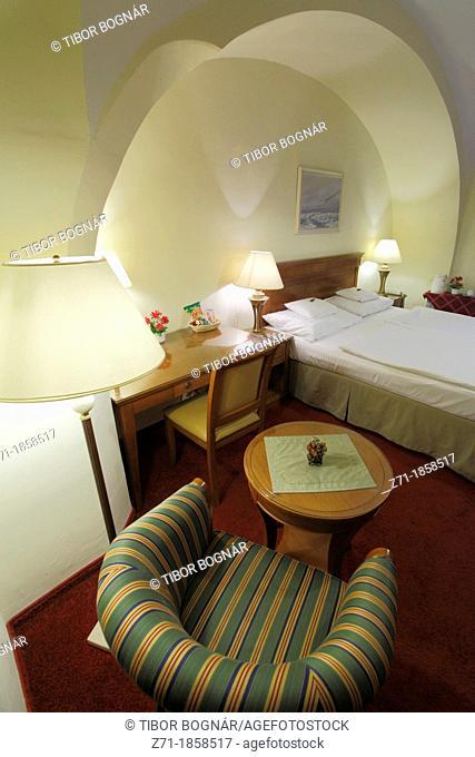 Hungary, Eger, Romantik Hotel, room