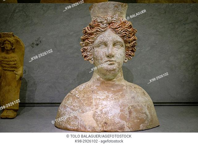 Tanit, Female bust imported from Sicily, 400-300 b.C., Ibiza and Formentera Archeological Museum, Patrimonio de la Humanidad «Ibiza, biodiversidad y cultura»