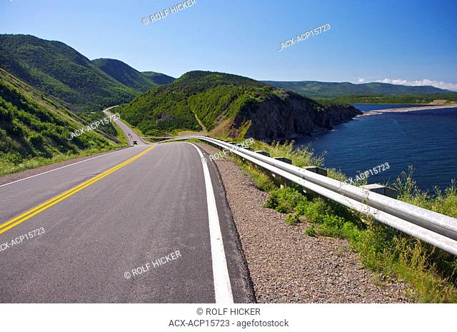 The Cabot Trail near Grande Falaise, Gulf of St Lawrence, Cape Breton Highlands National Park, Cape Breton, Nova Scotia, Canada