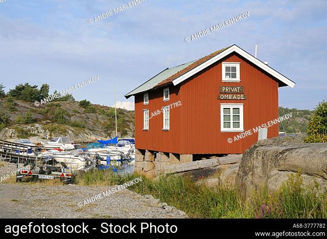 Private in Bohuslän. Beachfront property. Sweden