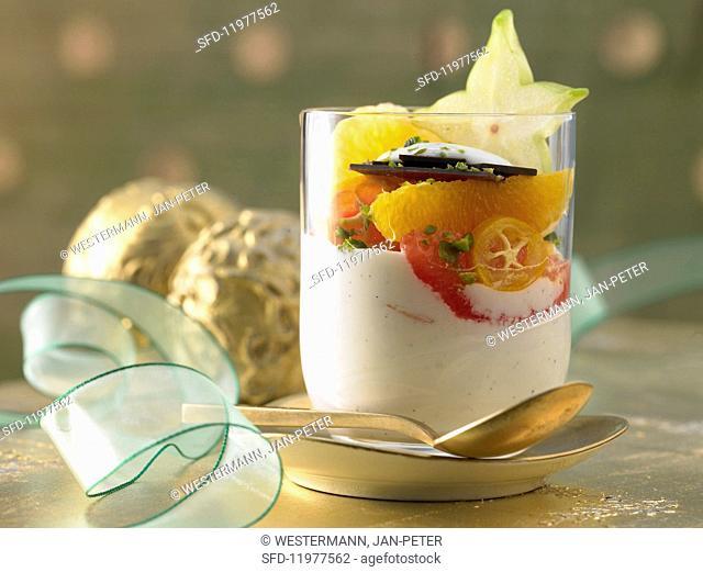 Yoghurt and vanilla cream with fresh fruit